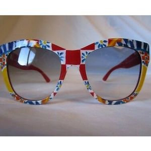 Beautiful Dolce & Gabbana sunglasses